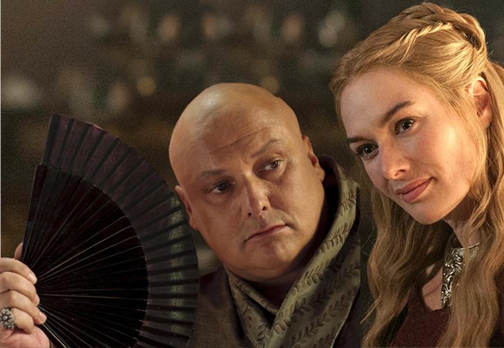 Фото №1 - Серсея и Варис выложили совместное фото с места съемок «Игры престолов»! Куда смотрит HBO?