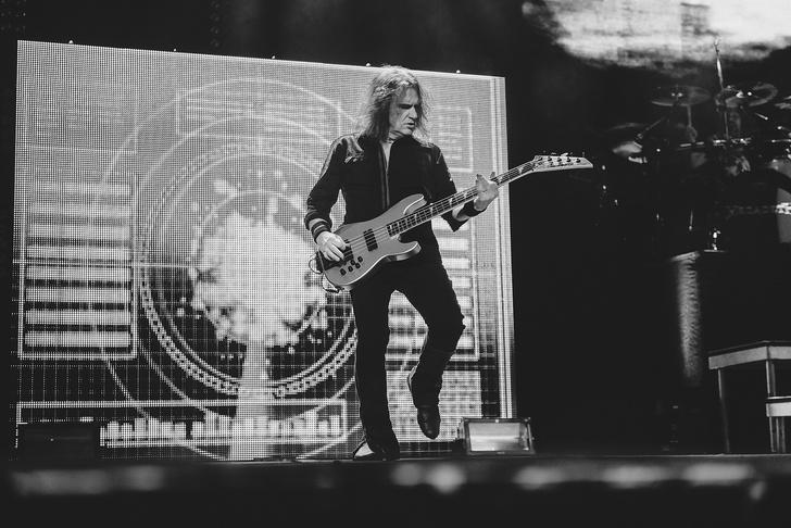 Фото №3 - Megadeth подняли температуру в Москве — посмотри и приобщись!