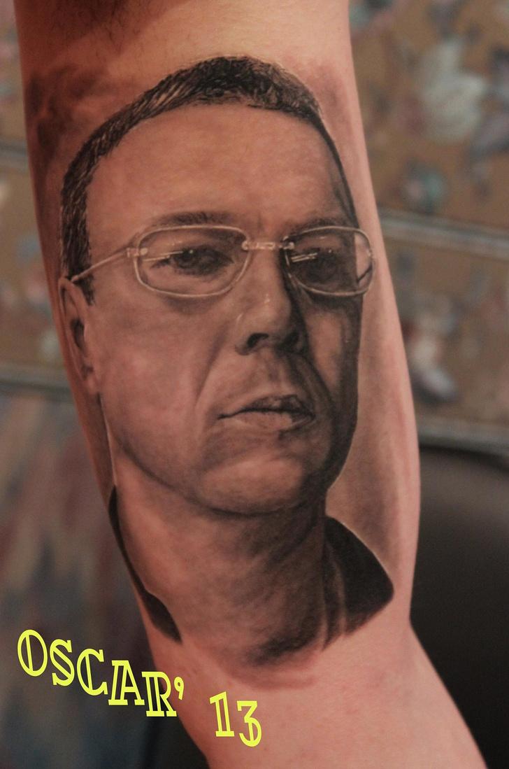 Фото №12 - 13 татуировок для интеллигентных людей
