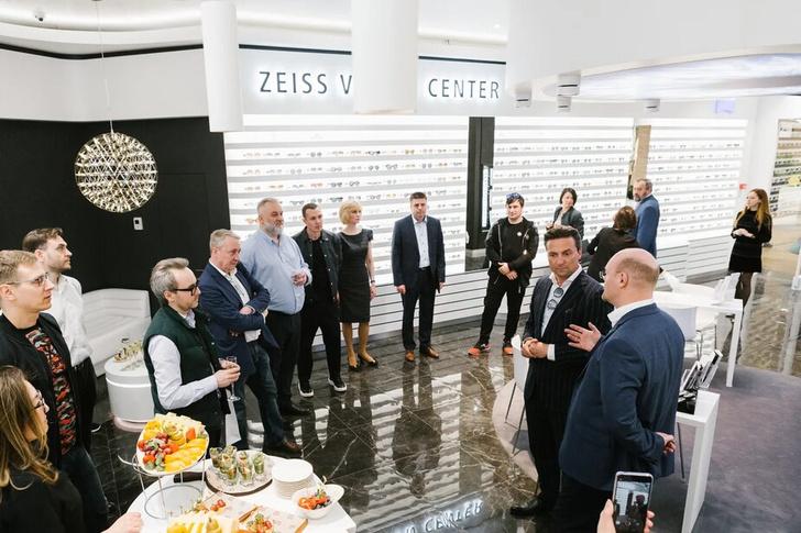 Фото №1 - В ZEISS VISION CENTER в Москве устроили торжественное открытие