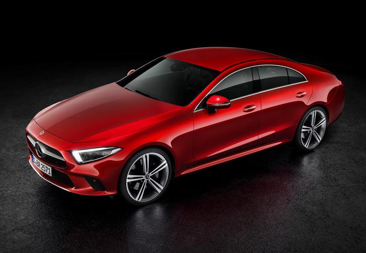 Фото №1 - Новый Mercedes CLS придется полюбить или возненавидеть