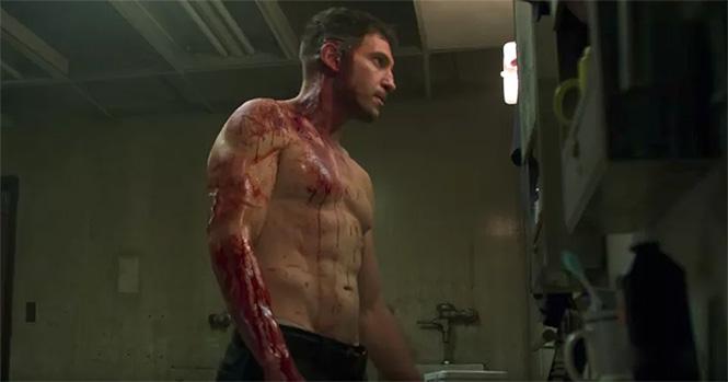Фото №1 - Под музыку «Металлики» Netflix вылепил очень жесткий трейлер сериала «Каратель»