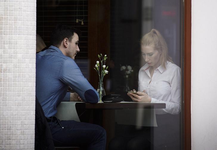 Фото №1 - Кафе придумало особое меню для визита с девушкой, которая не голодна (но будет есть из твоей тарелки)
