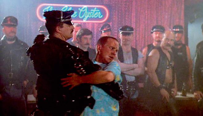 Фото №1 - 10 признаков, что ты попал в гей-клуб