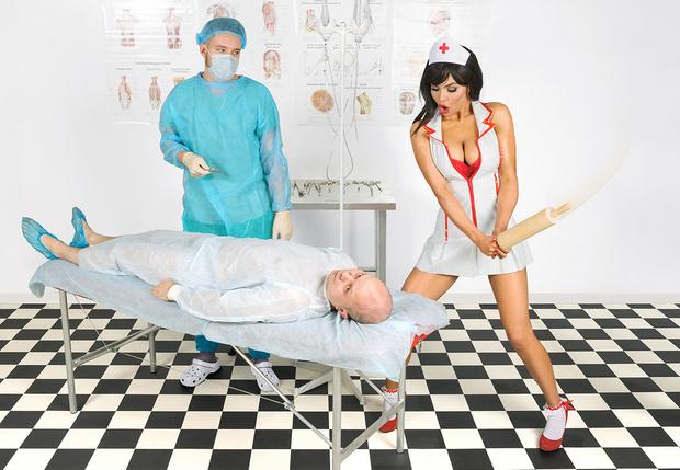 Фото №1 - Любой ли наркоз разрушает мозг и так ли полезны зубные пасты, как про них говорят в рекламе