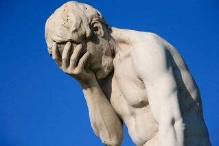 Почему у античных статуй такие, гм, маленькие пенисы?