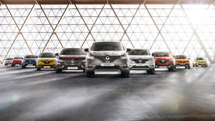 Фото №8 - Почему все следят за цветом кроссовок главного дизайнера Renault?