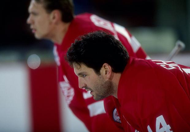 Фото №3 - «Святая месть! Кровь рекой лилась с его лица на лед…» О самой крутой драке в истории хоккея