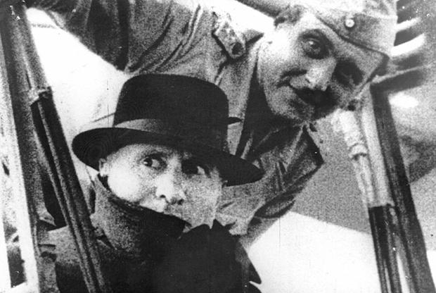 Бенито Муссолини вместе со своим спасителем