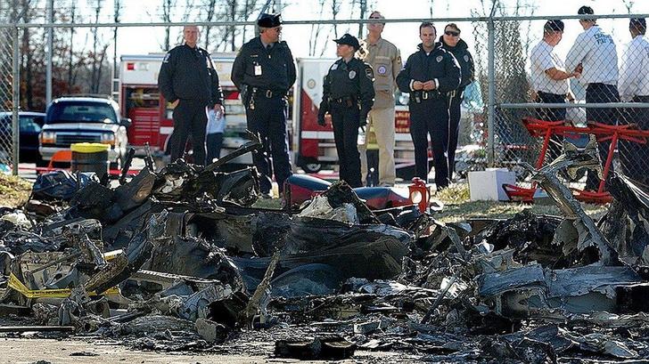 Фото №5 - Крокодил, толстые пассажиры и другие необычные причины авиакатастроф