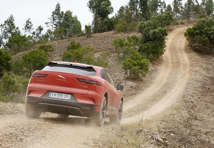 Фото №4 - Jaguar I-Pace: Илон Маск, сдавайся!