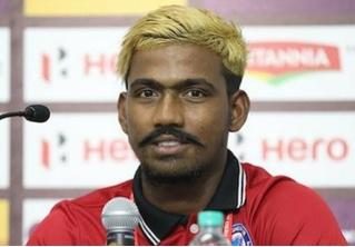 Индийский «шестнадцатилетний» футболист-вундеркинд оказался взрослым мужиком