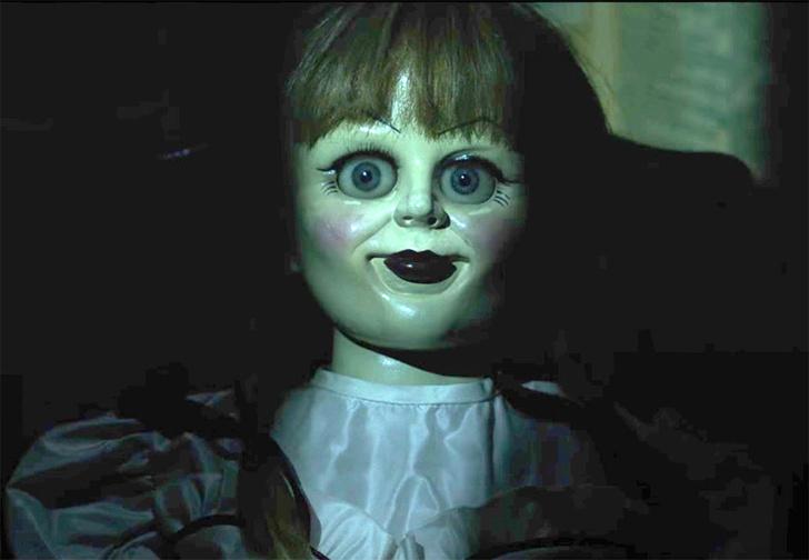 Фото №1 - Женщина нашла свою старую куклу, и с ней явно что-то не так! Тревожное ВИДЕО