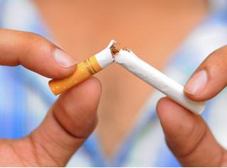 Борцы с курением вкладывают деньги в производство табака!