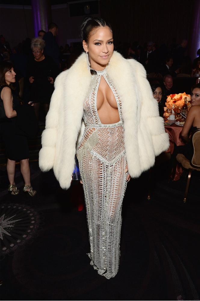 Лучшие «голые» платья 2016 года