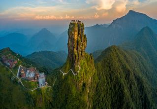 Идея для отпуска: гора Фаньцзиншань, Китай