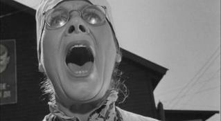 «Вой как автосигнализация!»: забавный челлендж, который сделает тебя любимцем соседей (видео)