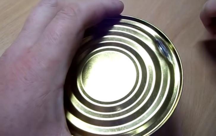 Фото №5 - Как открыть консервы без открывашки: 2 проверенных способа (видео)