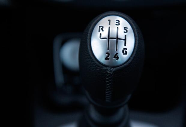 Фото №2 - 9 вредных водительских привычек, которые обходятся тебе в круглую сумму