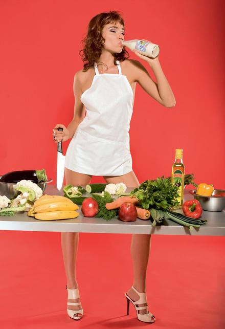 Самая красивая одежда у женщины должна быть та, в которой она готовит пищу
