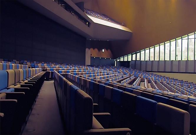 Фото №1 - Зрительный зал из будущего. И он уже действует