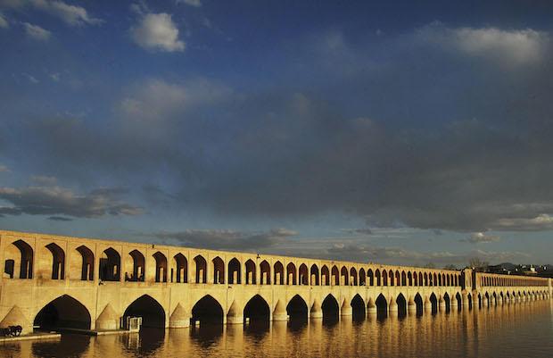 Фото №3 - 6 самых необычных мостов в мире