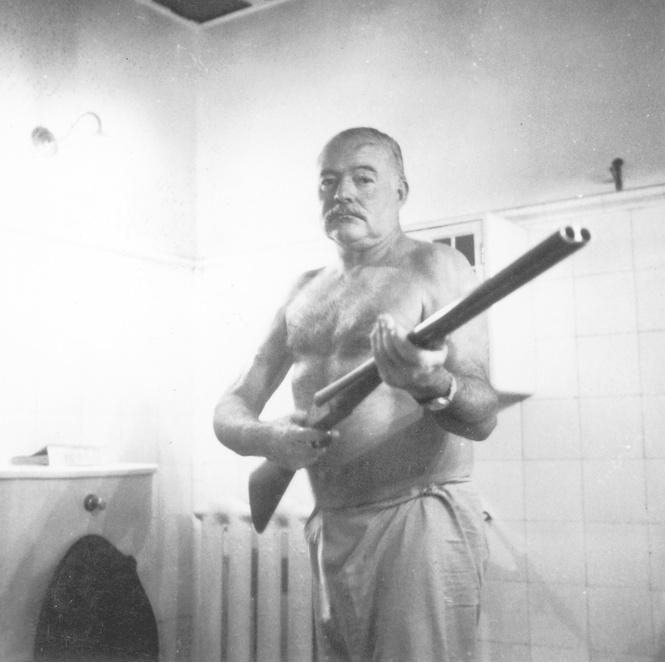 Эрнест Хемингуэй: Настоящий мужчина не может умереть в постели