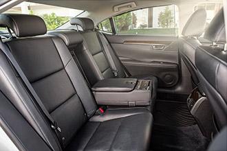 Фото №4 - Автомобиль недели: новое поколение бизнес-седана Lexus ES