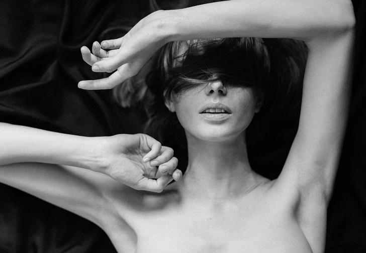 Фото №1 - Что женщины на самом деле думают о самых популярных сексуальных позах