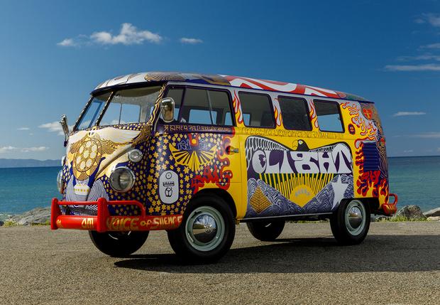 Фото №1 - Машина для любви, а не для войны: история легендарного «хиппи-буса» от VW