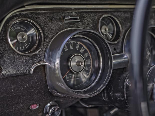 Фото №5 - 7 вещей, которых нам страшно не хватает в современных машинах