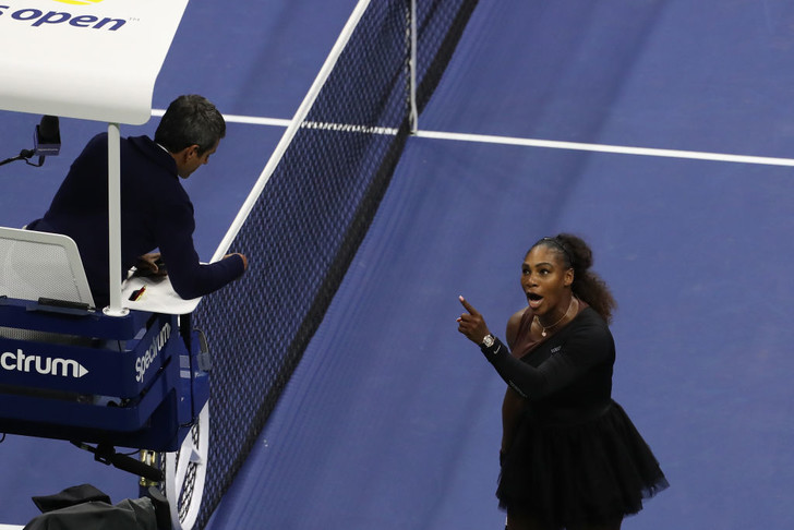 Фото №3 - Серена Уильямс и скандал в финале Открытого чемпионата США. Объяснение инцидента для чайников