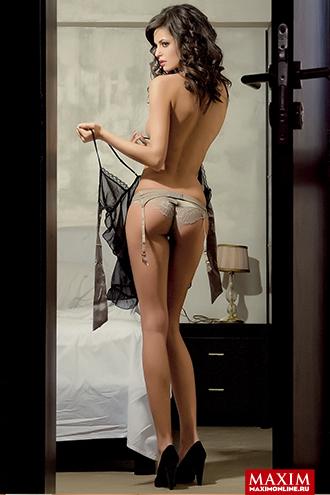 Фото №3 - Болгарская модель Боряна Костова: «Бывало, я проводила большую часть своего дня почти полностью без одежды»