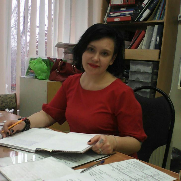 Учительница из Волжского