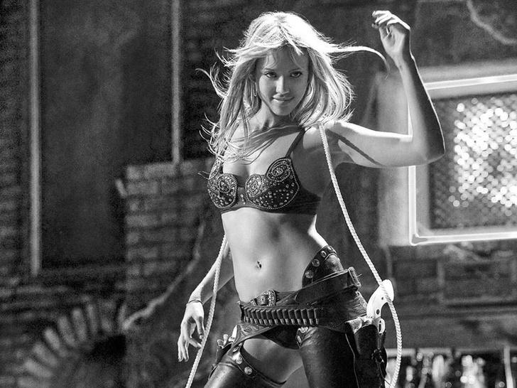 Фото №4 - 10 самых красивых актрис из фильмов Харви Вайнштейна (да-да, того самого)