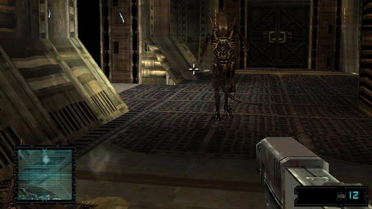 Фото №7 - Дрожь в коленках: почему 10 самых страшных игр про Чужого — ничто по сравнению с новой Alien: Isolation
