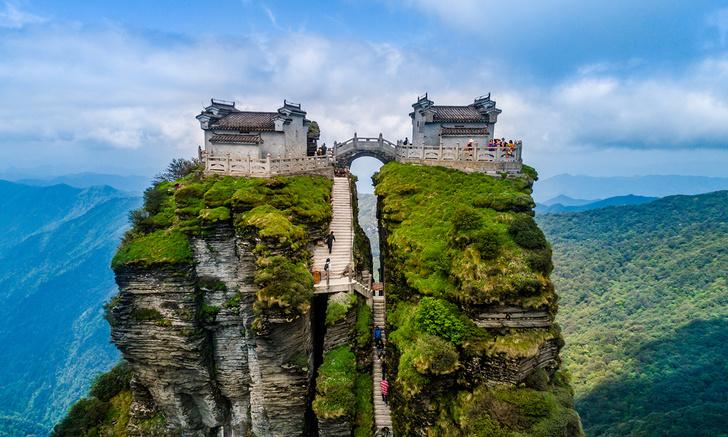 Фото №2 - Идея для отпуска: гора Фаньцзиншань, Китай