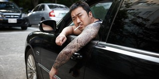 Южнокорейские семьи нанимают «бандитских дядь», чтобы те общались с обидчиками их детей в школе