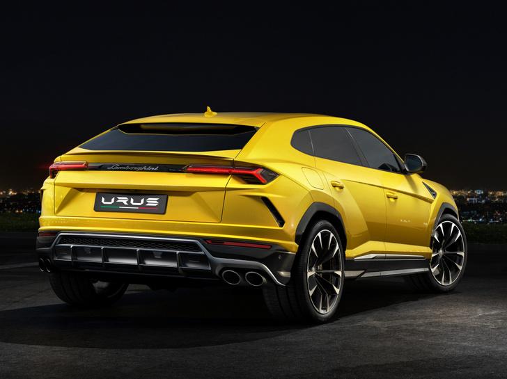 Фото №8 - Кроссоверу Lamborghini никто не удивился. Почему?