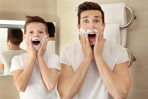 Фото №1 - Пена для бритья может отнять у тебя радость отцовства!