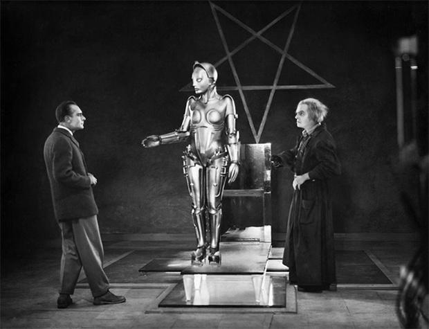 Фото №9 - 11 лучших женщин-роботов в кино