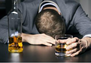 Работа мечты: американская полиция ищет добровольцев, которые будут напиваться и проходить проверку на алкоголь