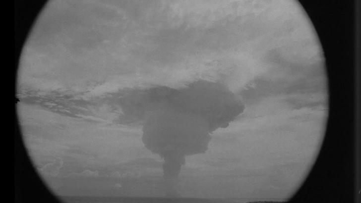 Фото №1 - Ого-го! Недавно рассекреченное ВИДЕО взрыва 10-мегатонной ядерной бомбы