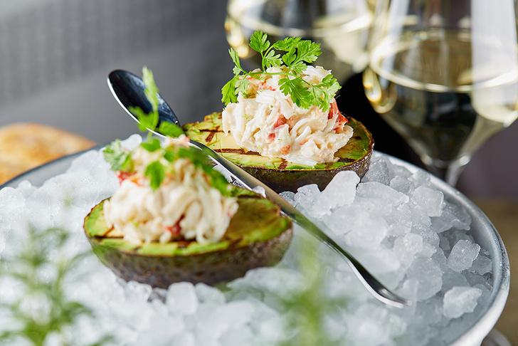 Фото №1 - Crabber – ресторан для тех, кто любит крабов
