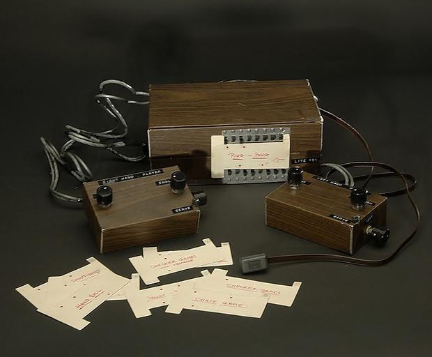 Фото №2 - Как выглядела и работала первая игровая консоль (видео и фотографии)