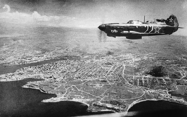 Фото №3 - Сколько советскому солдату платили за сбитый самолет и уничтоженный танк
