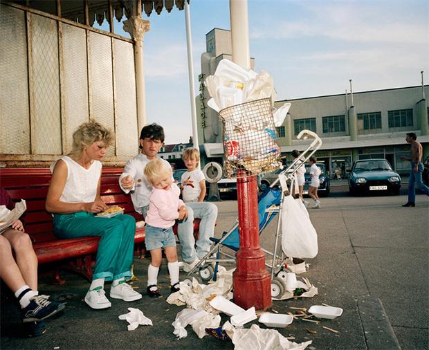 Фото №24 - Обычный туристический ад: фотографии английского курорта в 80-е
