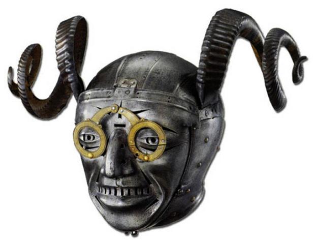 Фото №9 - 12 невероятных доспехов и шлемов