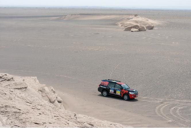 В пекло и обратно: пытаемся проверить, что умеет Toyota Land Cruiser