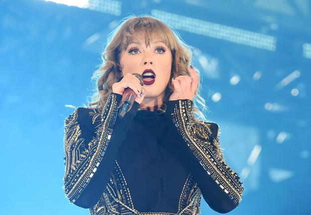 Фото №1 - На концерте Тейлор Свифт установили камеру с распознаванием лиц для вычисления «самых преданных» фанатов